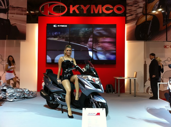 KYMCO-promotional-model-motorcycle-tradeshow