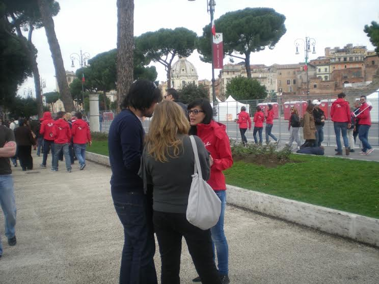Ray-Ban-street-teams-consumer-activation-Rome-Italy